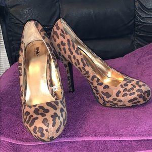 "Leopard print 5"" heels, size 9 medium width"